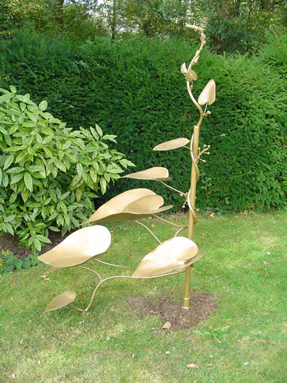 Sculpture - Black Bryony - Zeljko Ivankovic (Jericho) - Sculptor and Artist - Surrey Sculpture Society