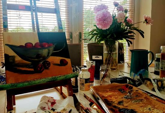 Woking Surrey Artist Yana Linch - Art Studio