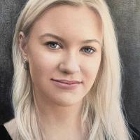 Portrait Art – Woman – Guildford Surrey Artist Nathalie Scott